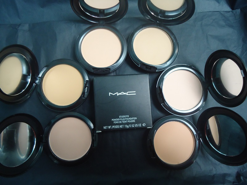 Powder Plus Foundation MAC Studio Fix