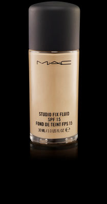 Base de Maquillaje Studio Fix Fluida MAC NW40