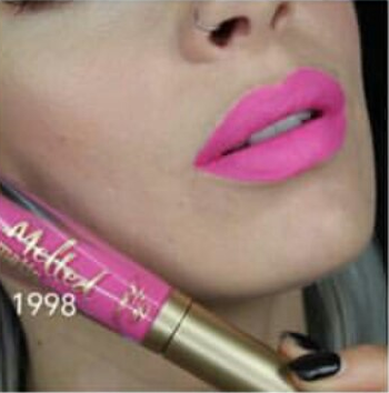 Labial Melted Matte Too Faced 1998